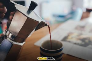 mokka-pot-making-espresso